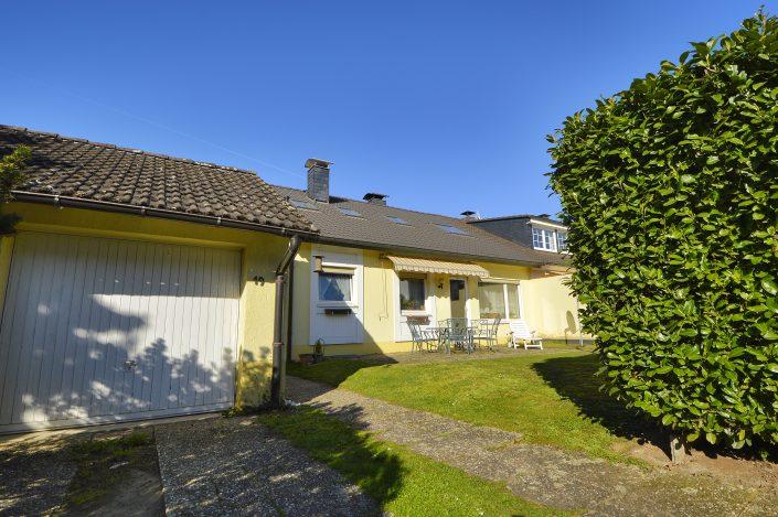 AP Immobilien GmbH - Ihr IVD Immobilienmakler aus Mainz - 65205 Wiesbaden - Einfamilienhaus - Immobilienverkauf