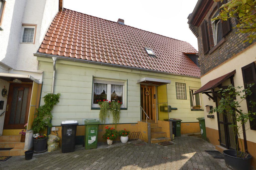 AP Immobilien GmbH - Ihr IVD Immobilienmakler aus Mainz - 55120 Mainz Mombach - Einamilienhaus - Immobilienverkauf