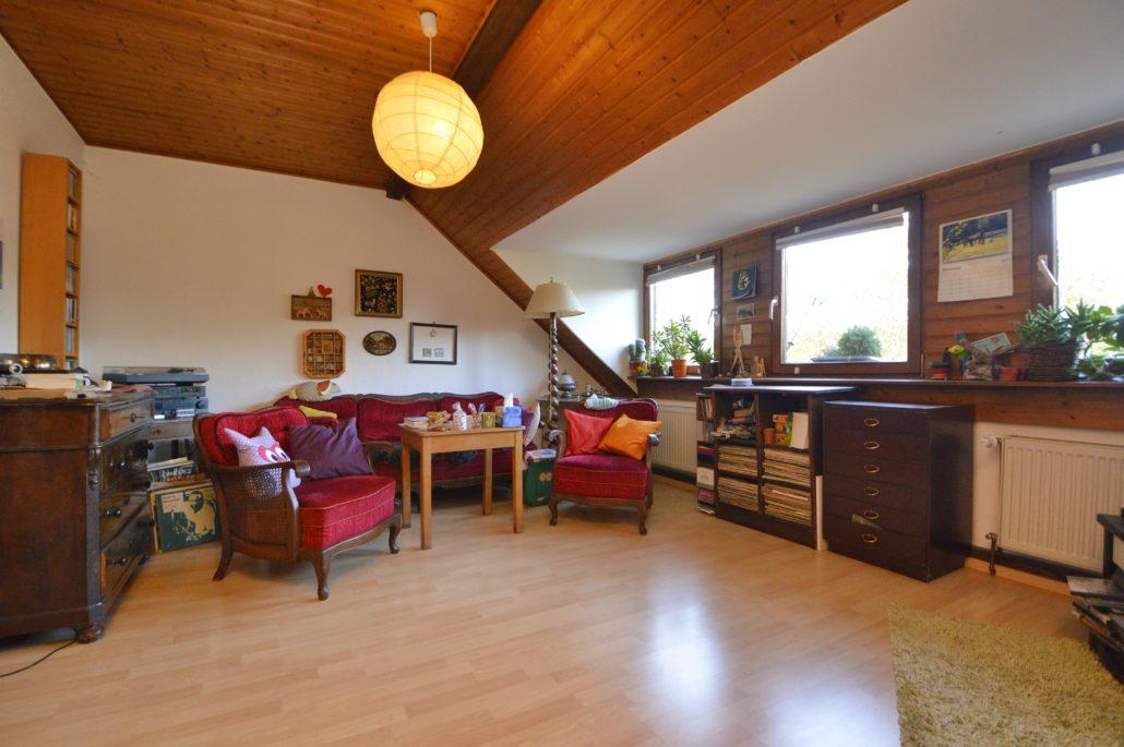 AP Immobilien GmbH - Ihr IVD Immobilienmakler aus Mainz - Immobilienverkauf, Immobilienvermietung , 55252 Mainz-Kastel, Dachgeschosswohnung, Vermietung, Verkauf